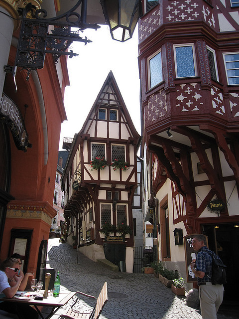 by peggyhr on Flickr.Bernkastel-Kues is a town over 700 years old, located on the Middle Moselle river in Rhineland-Palatinate, Germany.
