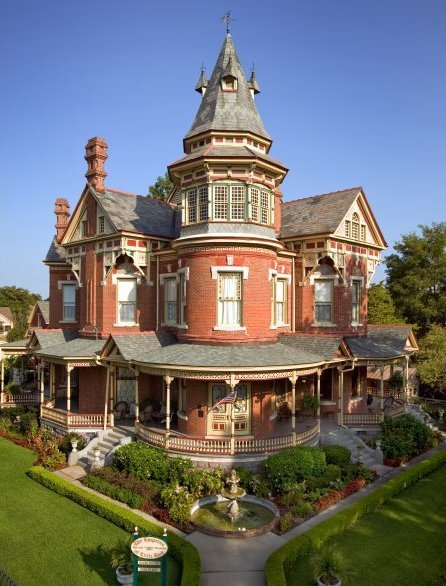 "highvictoriana:"" The ""Empress"" in Little Rock, AK."""